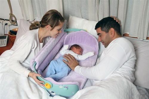 набухание молочных желез у грудных детей