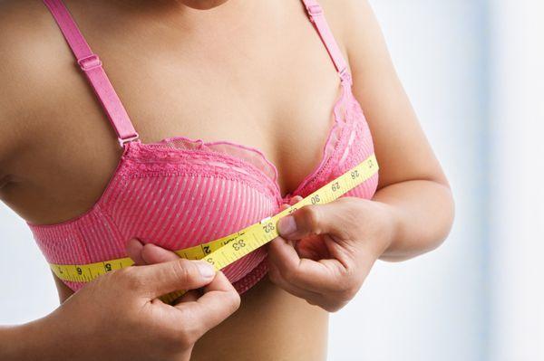 Как увеличить грудные железы в домашних условиях: эффективные методы