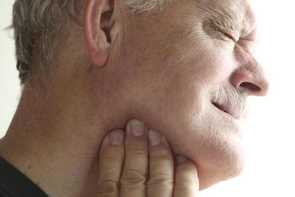 Сиалолитиаз подчелюстной слюнной железы